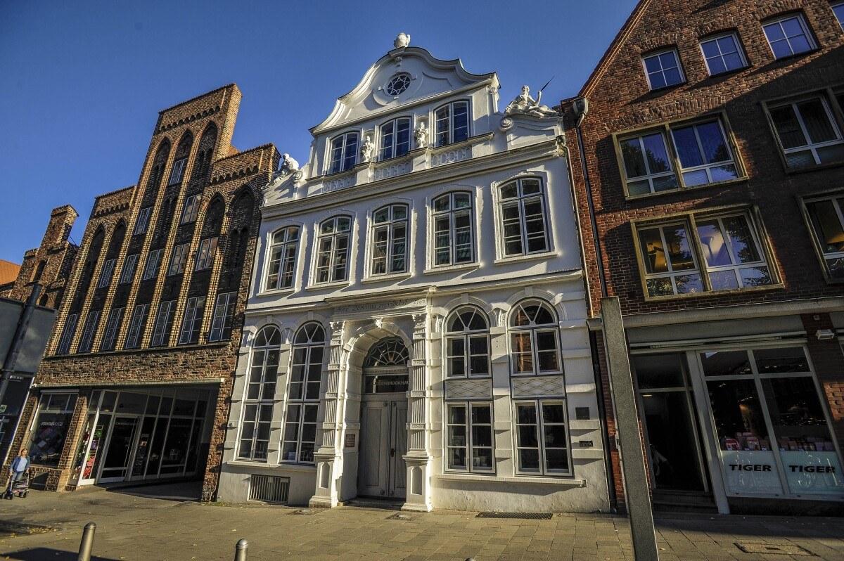 Die Buddenbrooks   Ein Jahrhundertroman   Buddenbrookhaus   Die Lübecker  Museen
